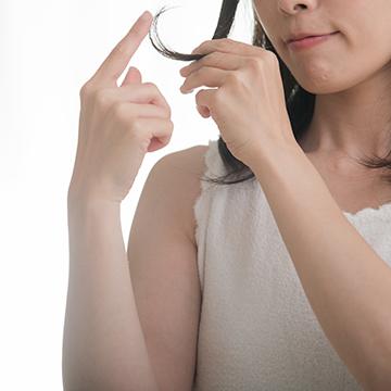 頭皮環境と育毛…髪が太くなるシャンプーは存在するの?