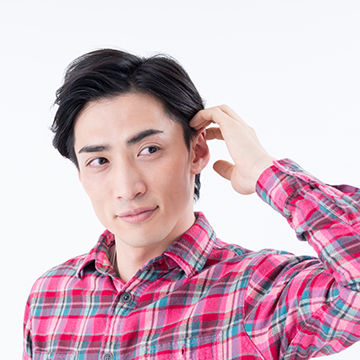 つむじ(頭頂部)が薄いかも!20代の大学生に現れる薄毛の症状と対策とは