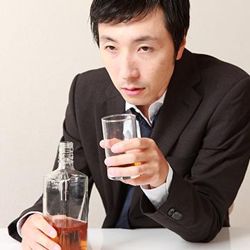 agaにはアルコールが影響する?飲酒と薄毛の育毛の関係性とは
