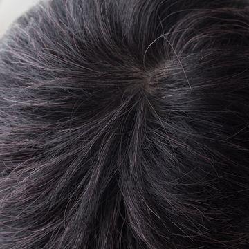 毛穴が詰まる原因とは?頭皮の角栓が髪の毛に与える影響や取り方
