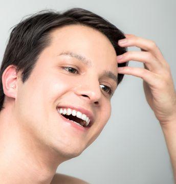 AGAの薄毛を目立たせない!進行の型に合わせた髪型の選び方