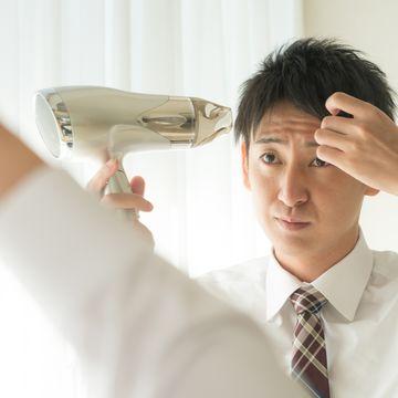 AGAの抜け毛は特徴的!見分け方と気付いたときにしておきたいこと