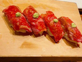 肉ーー!寿司ーー!
