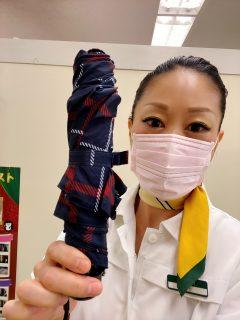 お気に入りの傘が・・・(*´з`)