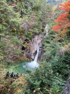 滝と山とストレスと